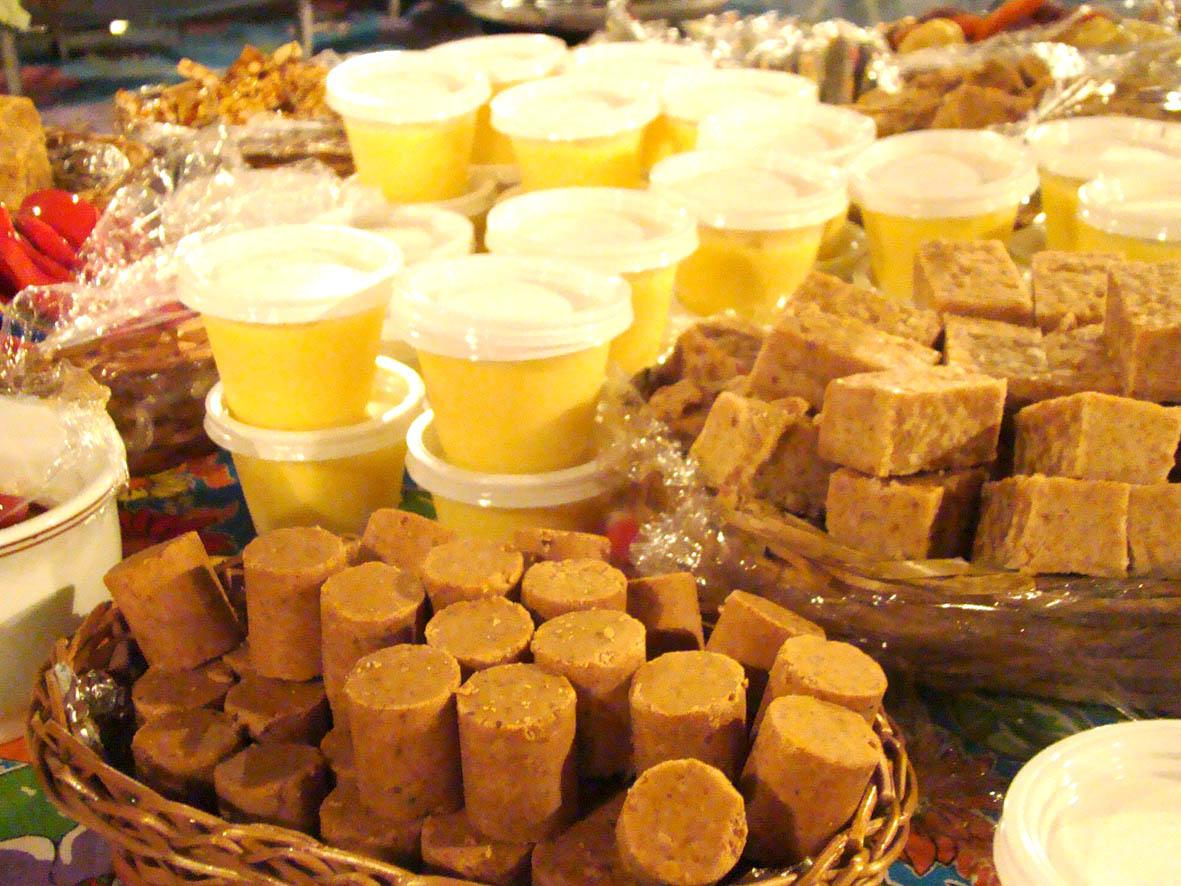 Resultado de imagem para festa junina mesa comida